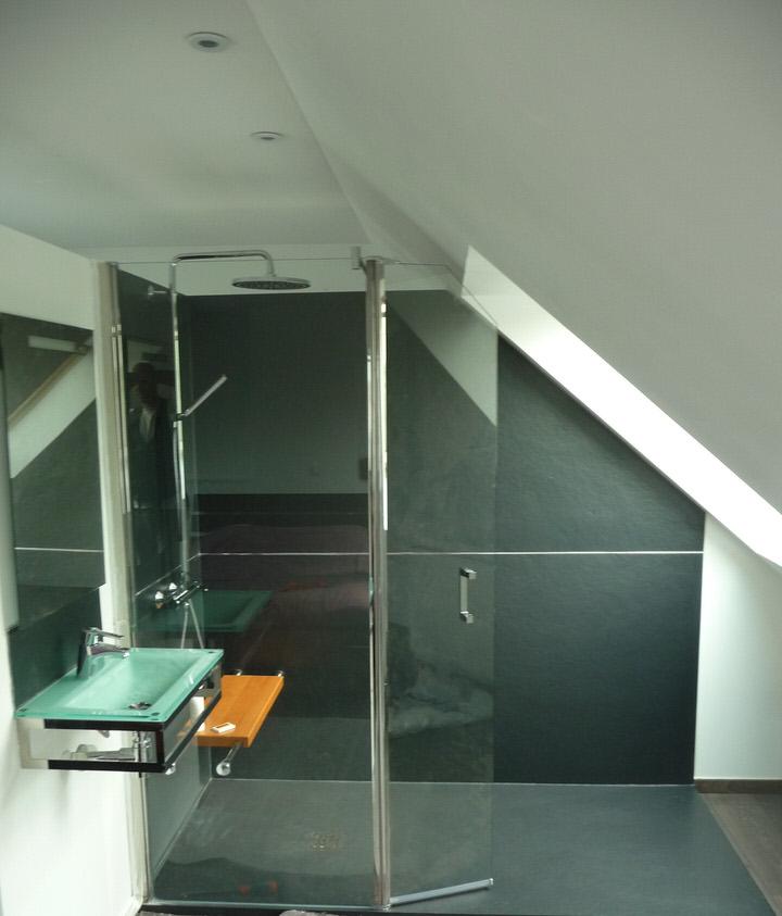 salle de bains avec douche italienne baisieux lille de souza barbosa habitat. Black Bedroom Furniture Sets. Home Design Ideas