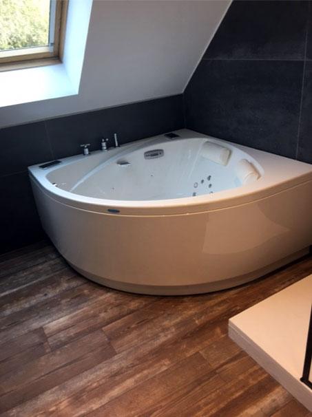 Baignoire balnéo - Transformez votre salle de bains en un cocon de bien-être…